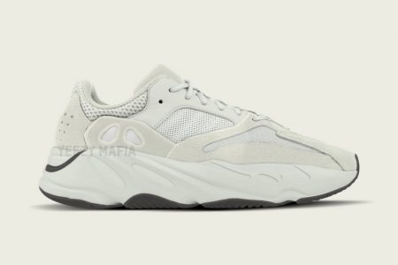 "YEEZY BOOST 700 ""SALT"" 2/23(土)発売"