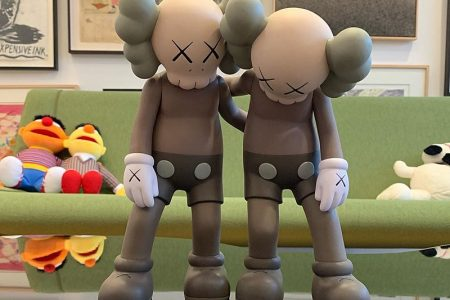 KAWS ALONG THE WAY 3月23日(土)発売