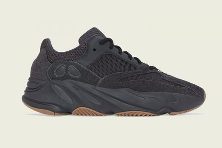 "YEEZY BOOST 700 ""UTILITY BLACK"" 6/29(土) 発売"