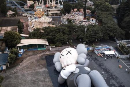 KAWSのあのプロジェクトが遂に日本初上陸