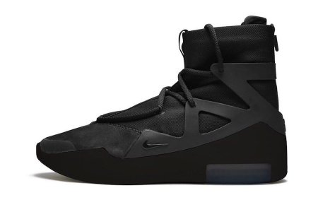 "FOG × NIKE AIR FEAR OF GOD 1 ""TRIPLE BLACK""が2/14(金)発売"