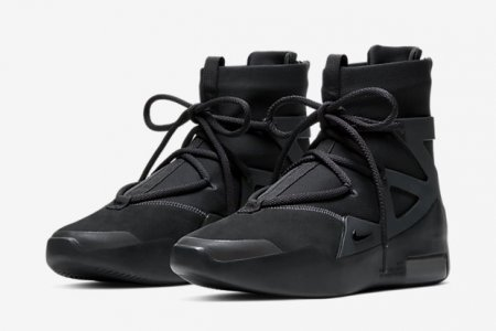 "NIKE AIR FEAR OF GOD 1 ""TRIPLE BLACK"" 4/25(土)発売"