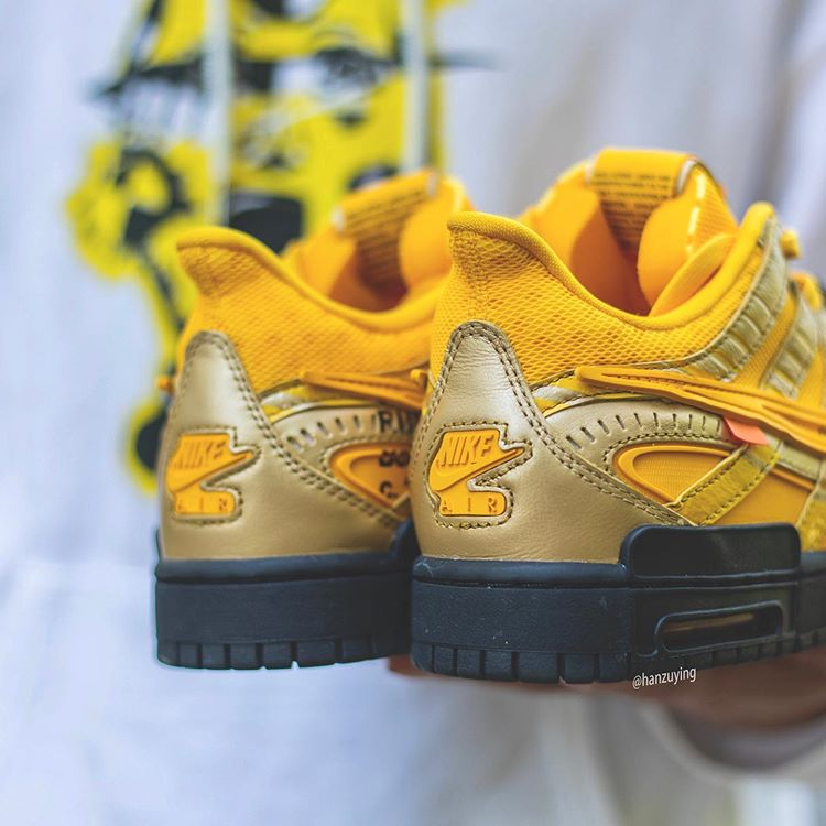Off-White™ × NIKE AIR RUBBER DUNK