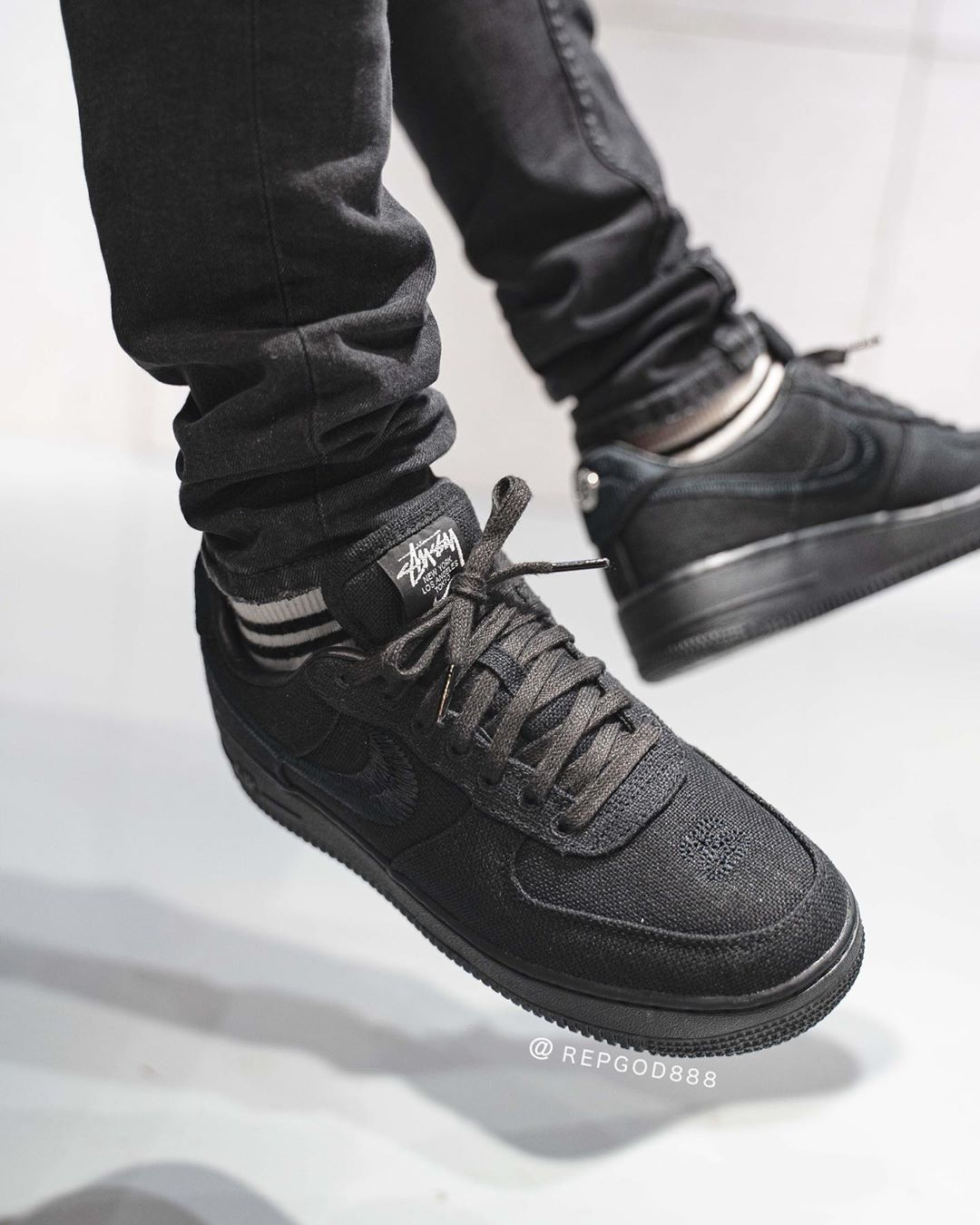 NIKE  AIR FORCE  1 × STUSSY