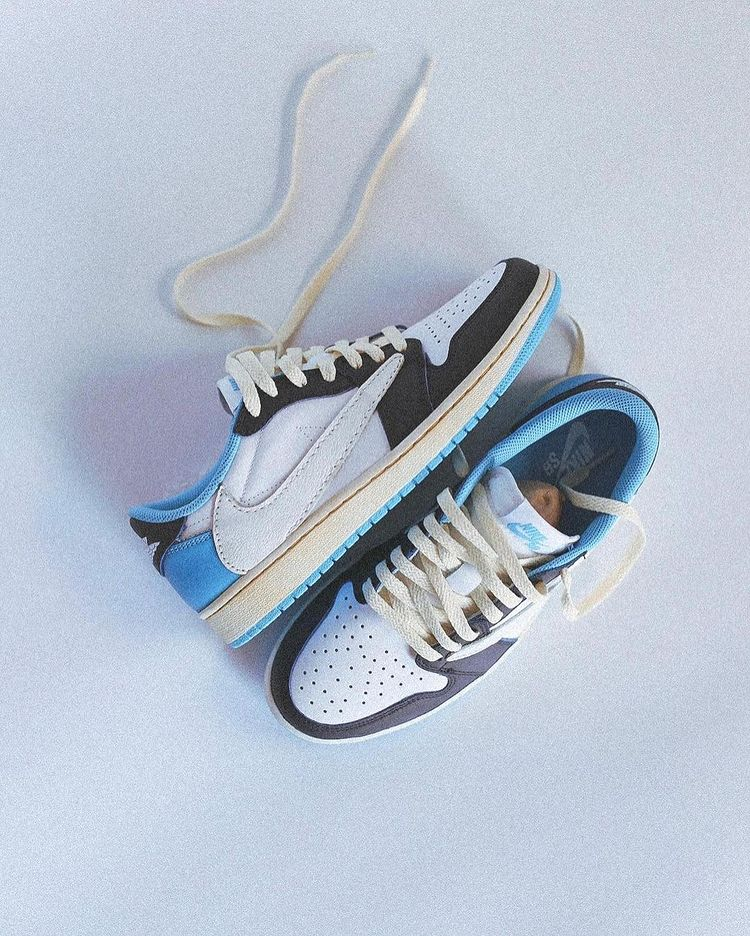 Travis Scott × NIKE AJ1 LOW