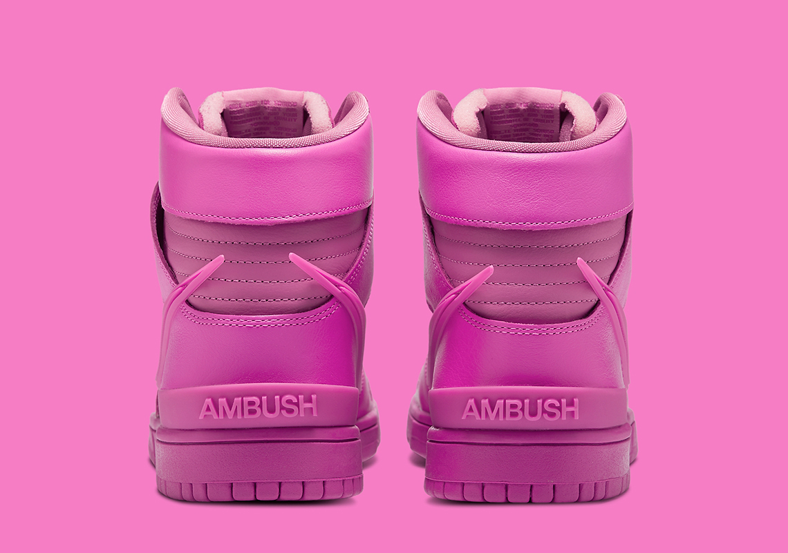 NIKE DUNK HIGH × AMBUSH®