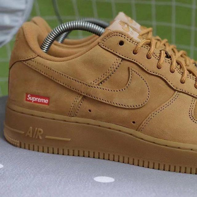 """Supreme x Nike Air Force 1 """"Flax"""""""